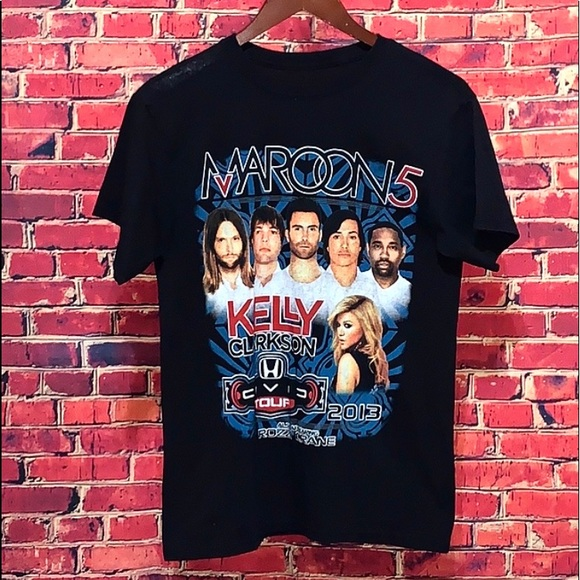 Hanes Other - 2013 Maroon 5 Concert T-Shirt